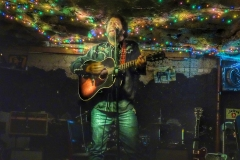 Kenny Roby at The Cave